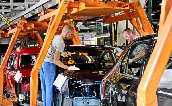 АвтоВАЗ получил чистую прибыль впервые с 2012 года
