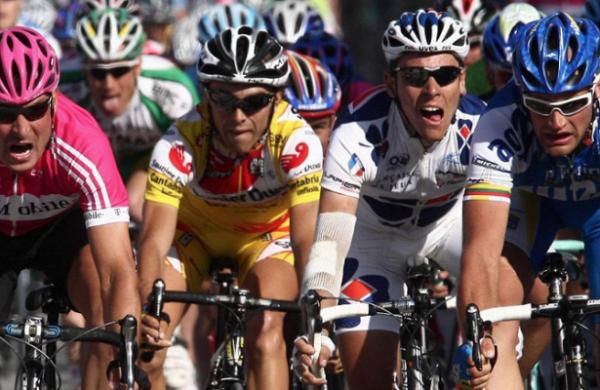 На«Джиро д'Италия» произошла трагедия&nbsp