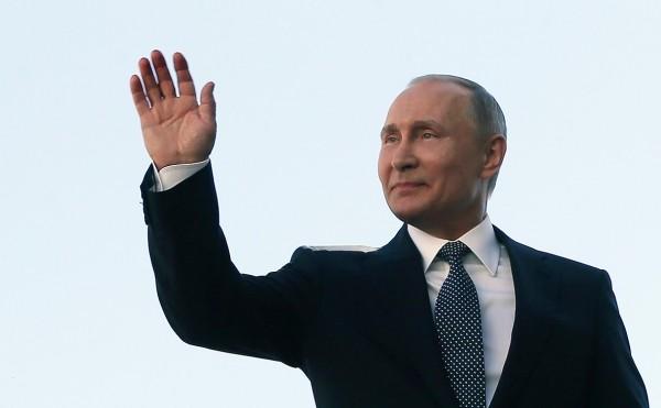 Путин не стал поздравлять президентов Украины и Грузии с Днем Победы