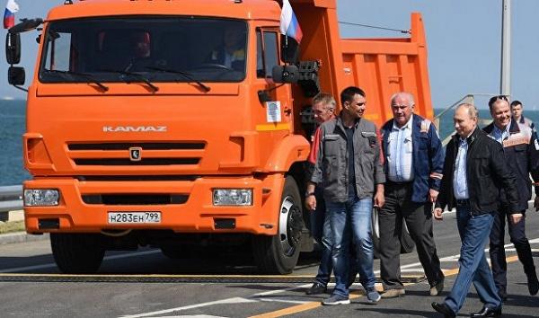 Путин за16минут проехал поКрымскому мосту&nbsp