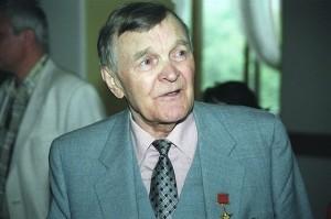 Писатель Юрий Бондарев: «Всё простить невозможно. И, наверное, не нужно»