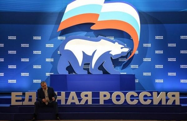 Шхагошев считает, чтоединороссы поддержат кандидатуру Медведева напост премьера&nbsp