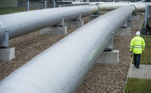 Киев заявил об угрозе доминирования ФРГ в Европе благодаря газу из России