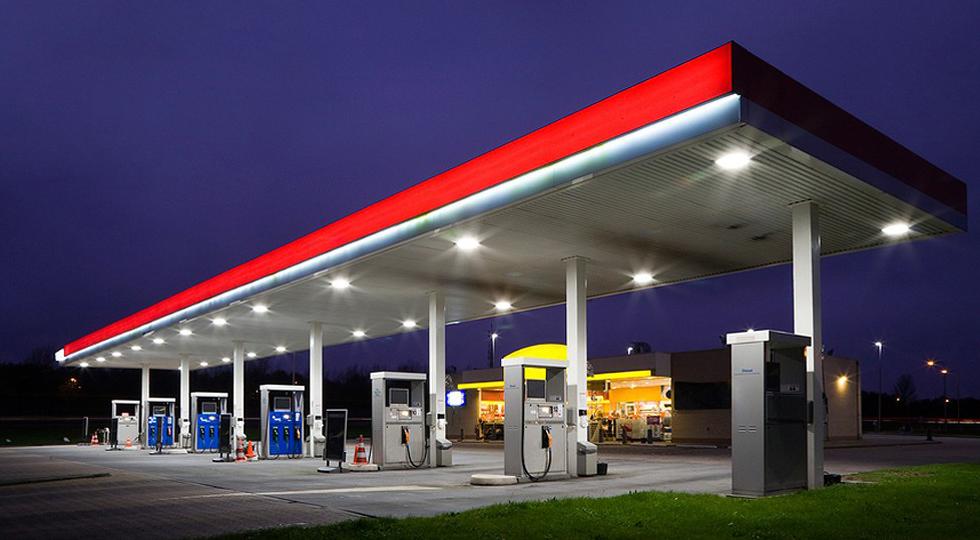 На заправках могут начать продавать только три вида жидкого топлива