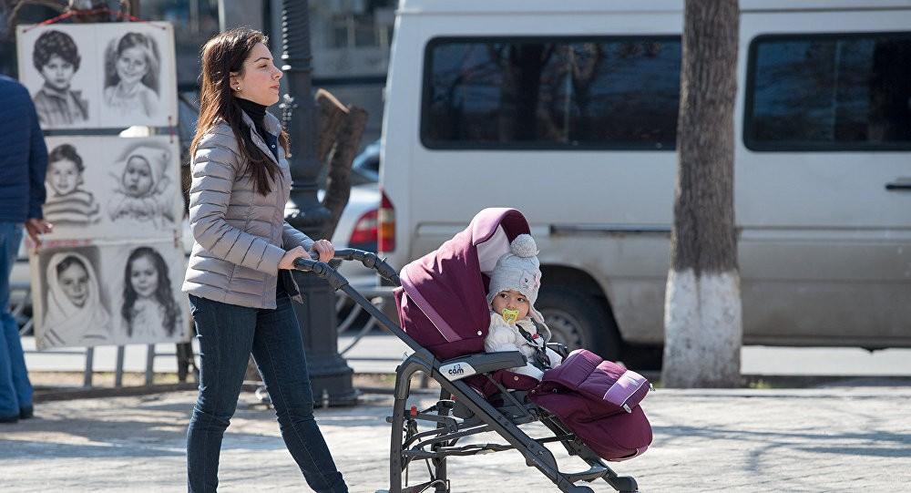 В Армении в шесть раз вырастет пособие по рождению первенца