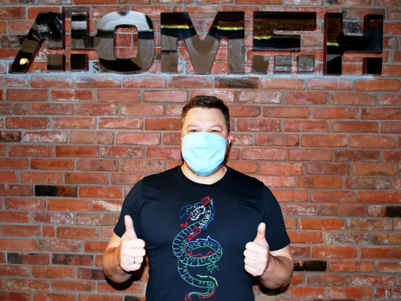 Российские кинотеатры займутся производством медицинских масок