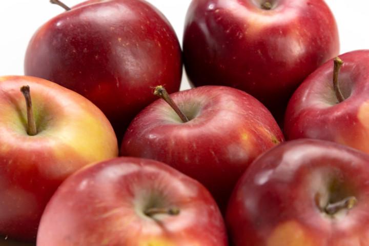 В каком супермаркете не стоит покупать яблоки?