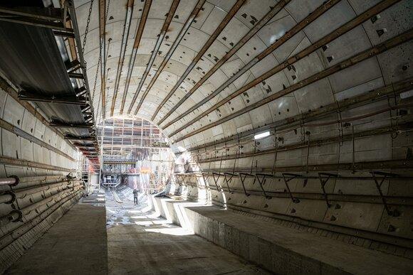 Самый длинный тоннель метро построили с помощью новых технологий