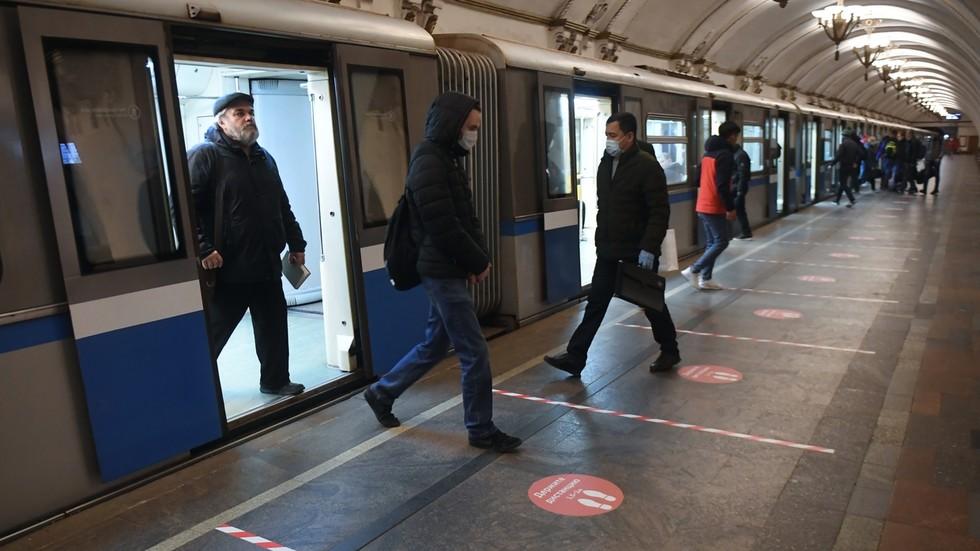 «Большой брат» ушел под землю: московское метро до конца года оборудуют системами опознания лиц