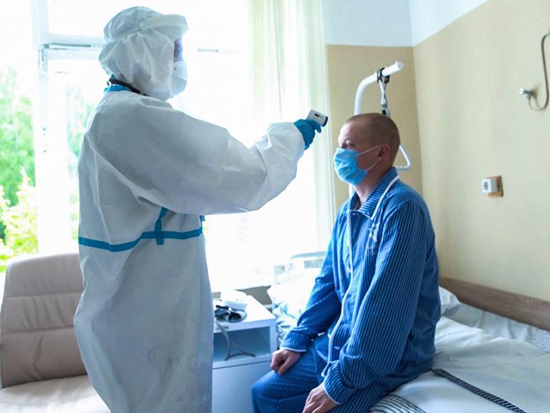 В Сеченовском университете оценили состояние испытывающих вакцину