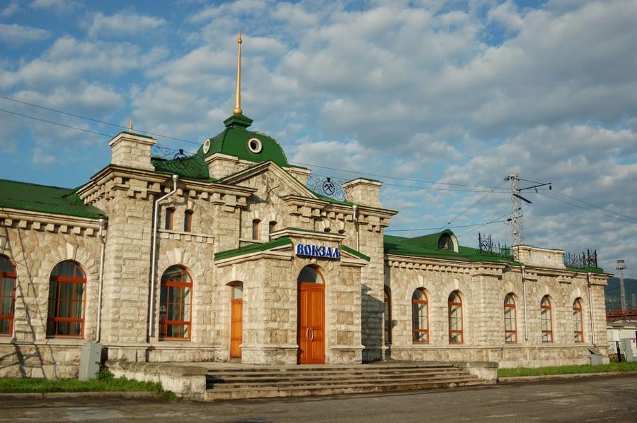 После землетрясения под Иркутском без электричества остались 360 домов