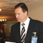 Проигравший выборы уральский депутат отключил водоколонку
