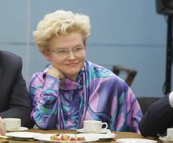 Елена Малышева рассказала, как лечиться от коронавируса дома