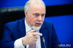 Глава Сургута устроил разнос коммунальщикам за качество воды