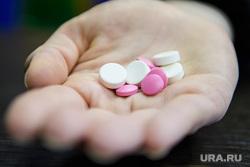 В Петербурге раскрыли схему хищения лекарств от рака на 100 млн