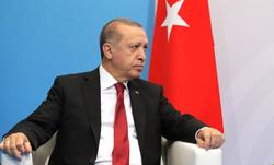 Экс-премьер Турции предупредил мир об опасности Эрдогана. «Опаснее, чем коронавирус»