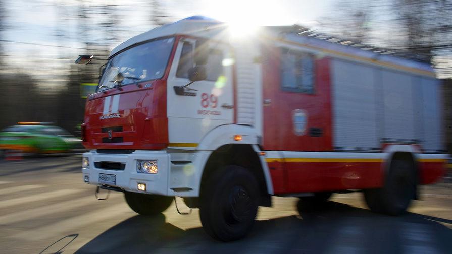 Площадь пожара в жилом доме в Подмосковье возросла до 1000 кв.м
