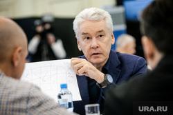 Собянин продлил коронавирусные ограничения в Москве