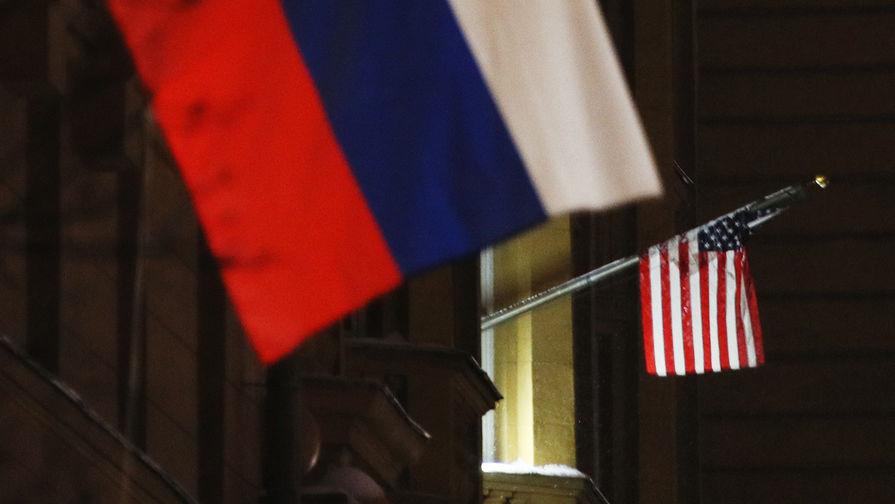 Генконсульства США в Екатеринбурге и Владивостоке могут закрыть на карантин