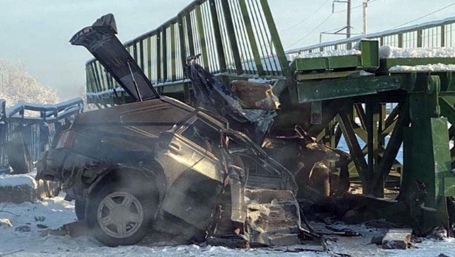 При обрушении моста в Дагестане погибли два человека