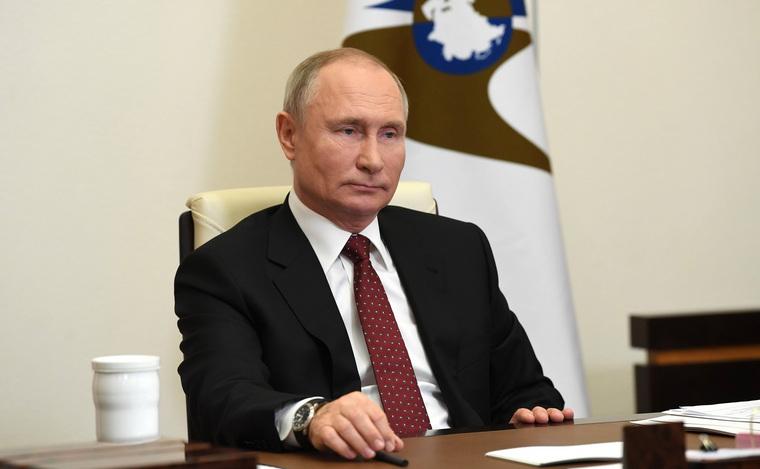 Проект Путина пережил революцию, войну ибунты