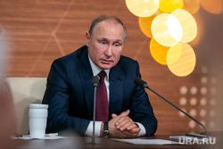 Путин разрешил бывшим президентам стать пожизненными сенаторами
