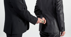Силовики ЯНАО возбудили дело против главного бухгалтера властей