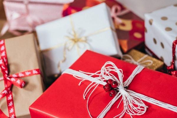 Видеоопрос: «Какой подарок выбыхотели получить наНовый год?»