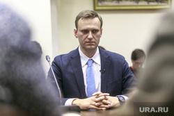 Навального задержали в аэропорту Шереметьево. Он был в розыске