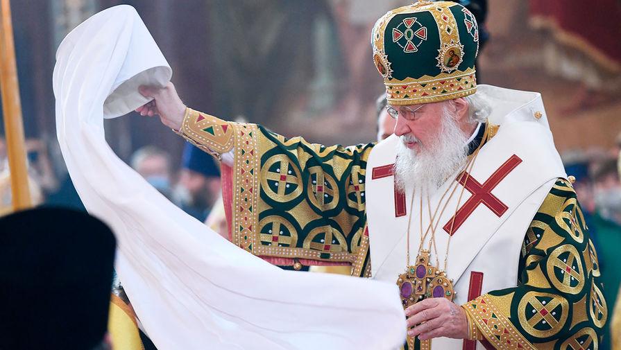 Патриарх Кирилл подарил столичным больницам тонну апельсинов