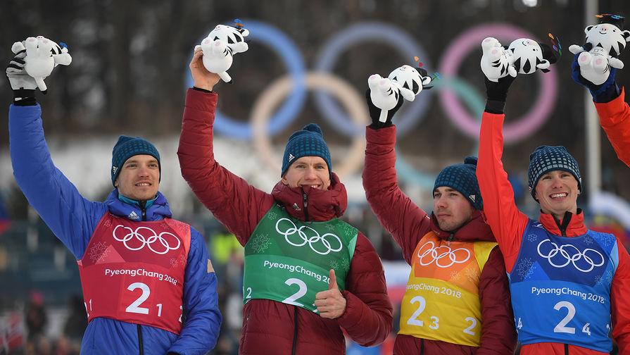 """Российские лыжники завалили друг друга в гонке на 15 км на """"Тур де Ски"""""""