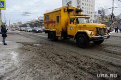 Жители Екатеринбурга остались без воды в новогодние праздники