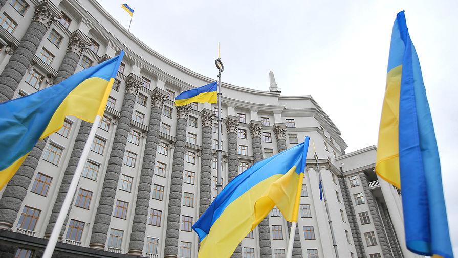 Госдолг Украины за месяц увеличился почти на $500 млн