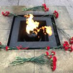 Хулиганы вочередной раззатушили Вечный огонь наМарсовом поле вПетербурге
