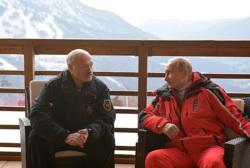 Самое важное в России и в мире на 22—23 февраля. Путин принял Лукашенко в Сочи, Навальная вернулась в Москву, ЕС готовит новые санкции против россиян