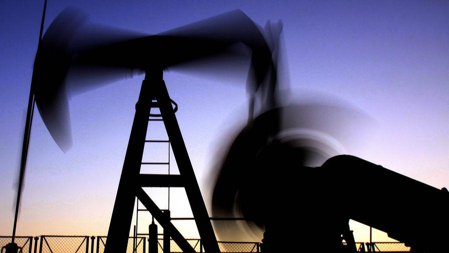 Цена нефти Brent превысила $63 за баррель впервые с января прошлого года