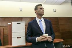 В Москве перекроют движение у суда, куда привезут Навального