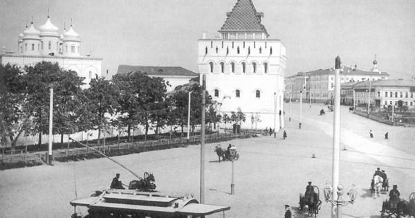 Прямо поцентру: чтоделал ученик Растрелли наглавной площади Нижнего Новгорода