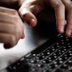 СМИ: у части россиян отключат интернет