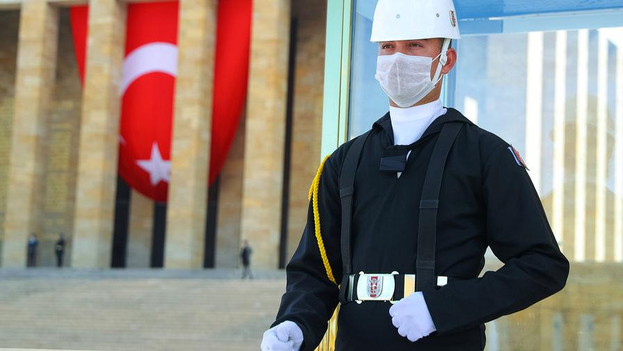 В Турции зарегистрировано рекордное число заболевших COVID-19