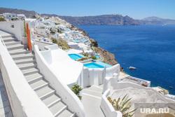 Власти Греции передумали открывать страну для туристов