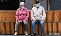 Врач объяснила, почему пожилым россиянам нужна прививка от COVID