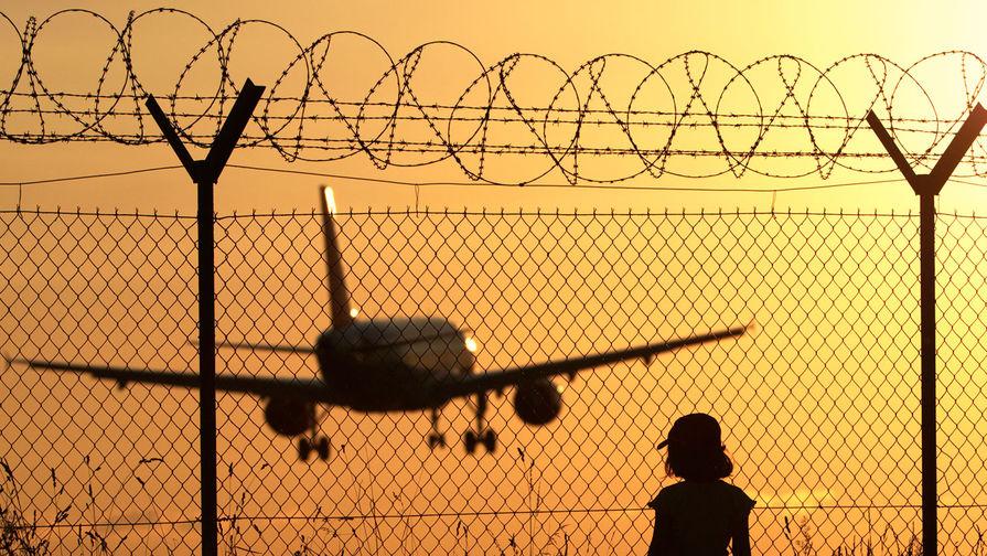 Для прилетающих из Индии выделили отдельный терминал в аэропорту