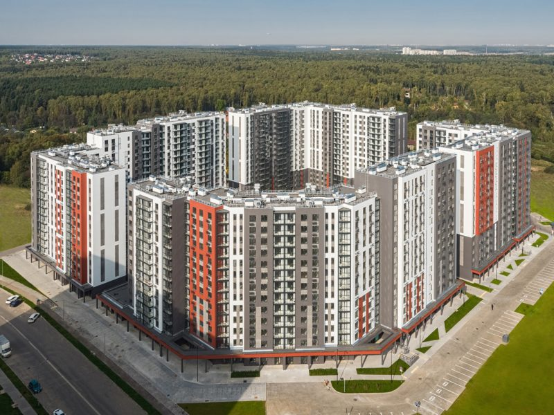 В Новых Ватутинках жильцам выдали ключи от квартир