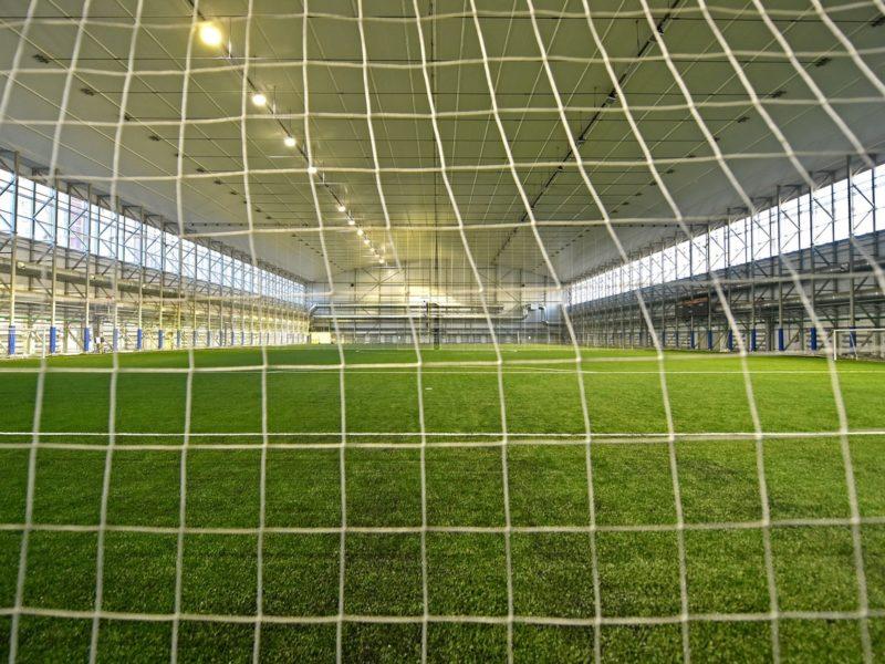 Жителям поселка Коммунарка: в спортивно-игровом центре ARENA PLAY появятся теннисный корт и футбольный манеж