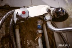 На месяц без горячей воды оставят 33 дома в центре Екатеринбурга. Причина не в опрессовках