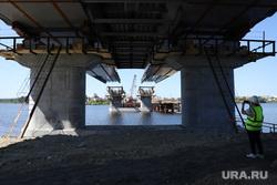 На стройке свердловского моста за 4 млрд рублей нашли нарушения