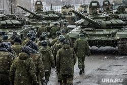 СМИ: США хотят перебросить войска из Афганистана ближе к России