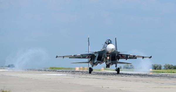 Лётчики морской авиации Черноморского флота иавиации ЮВОпроверили систему противовоздушной обороны Крыма