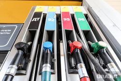 Власти РФ хотят временно запретить экспорт бензина